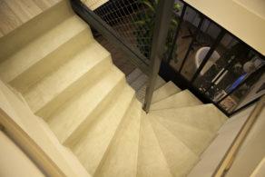 escalier béton en béton ciré
