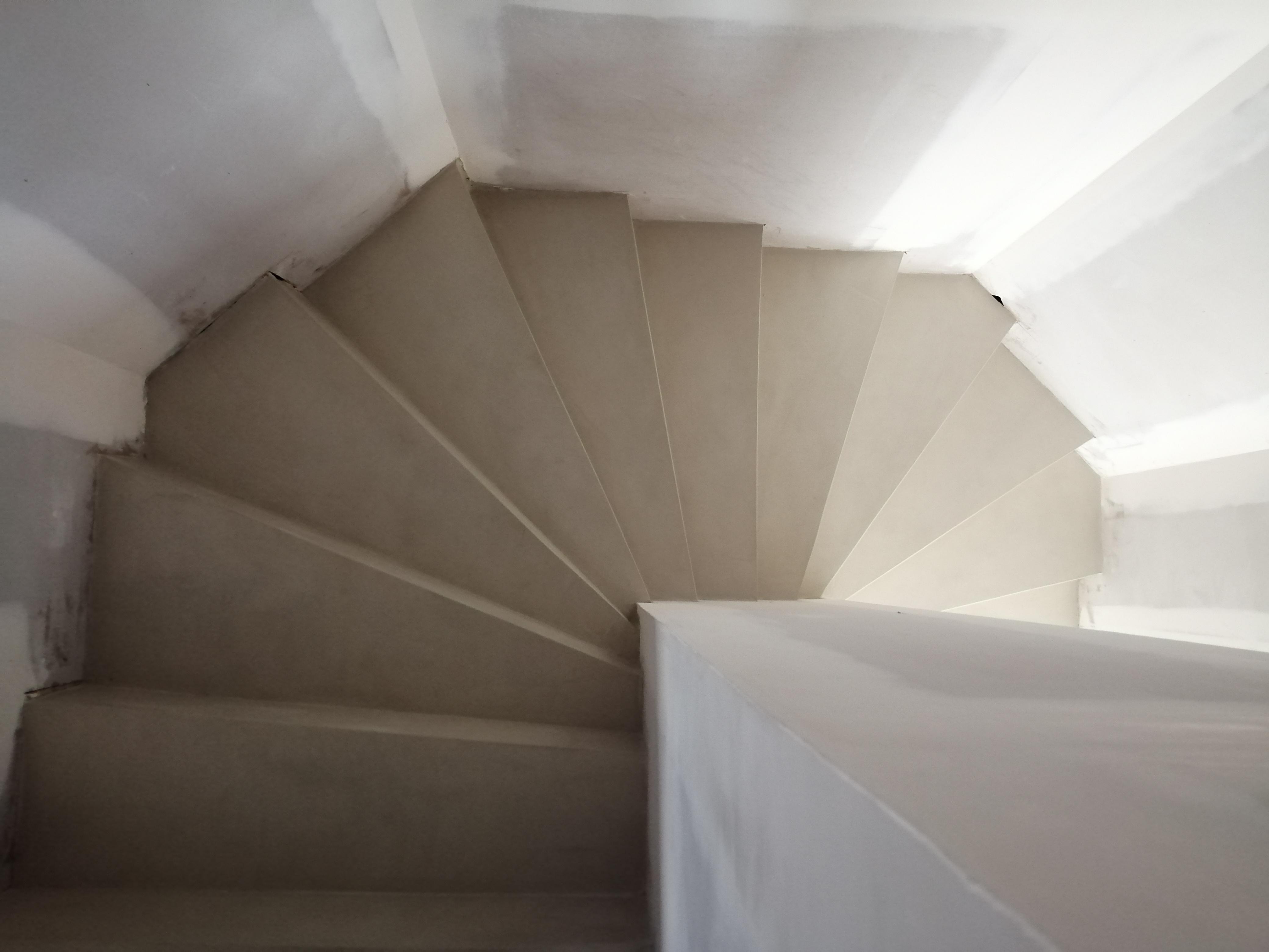 Vernis Pour Marche Escalier bel marches d'un escalier à paillasse en béton ciré vernis