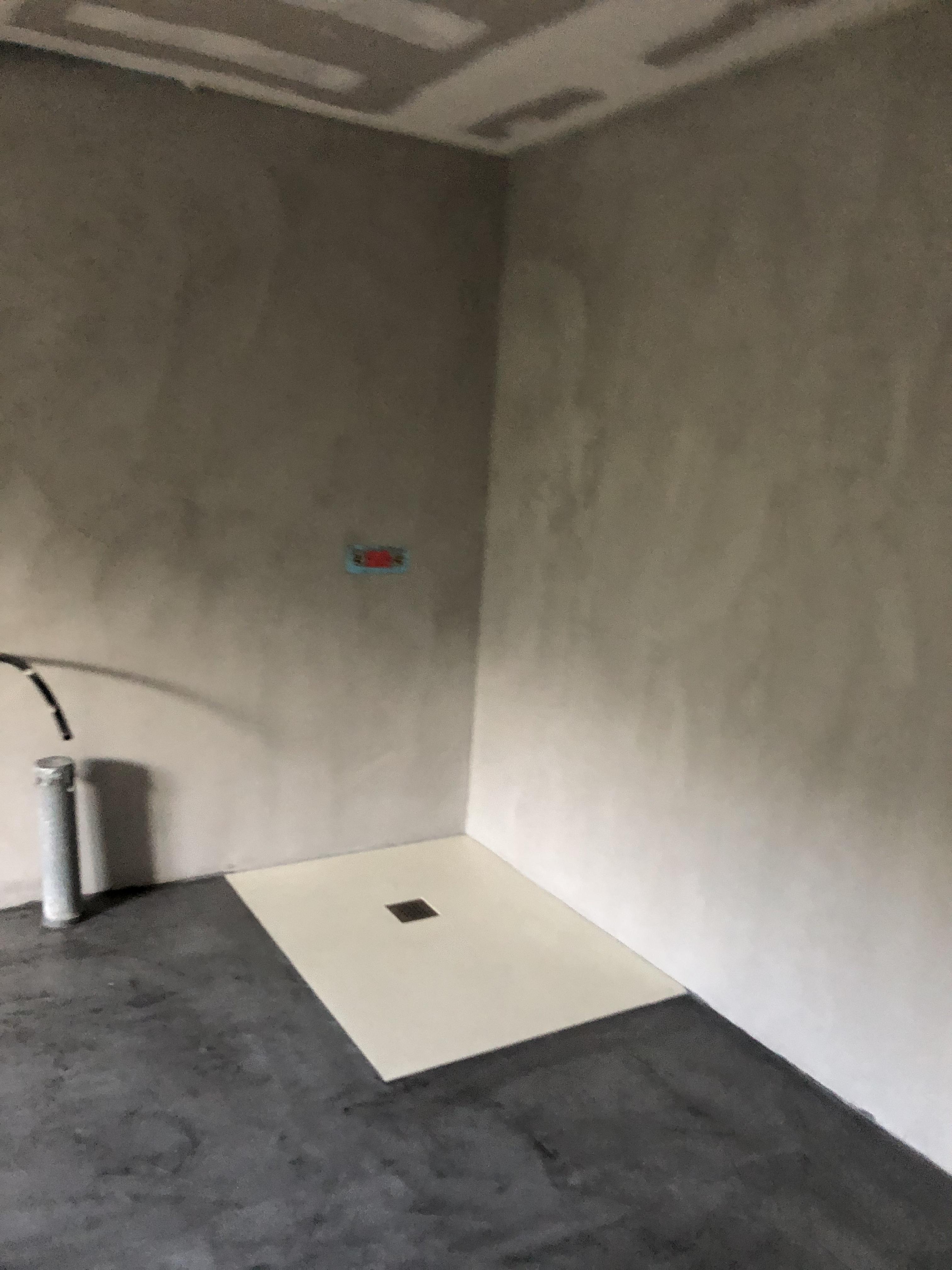 Beton Ciré Salle De Bain élégante rénovation d'une salle de bain en béton ciré