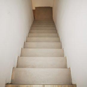 béton ciré sur un escalier béton près de Bordeaux